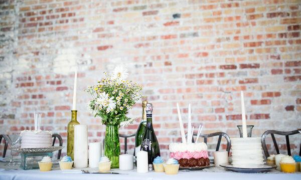 3 tips για να φας σε ένα πάρτι αλλά να γλιτώσεις μερικές θερμίδες