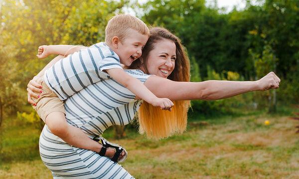 Επτά μαθήματα ζωής που είναι σημαντικό να διδάξουμε στα παιδιά μας