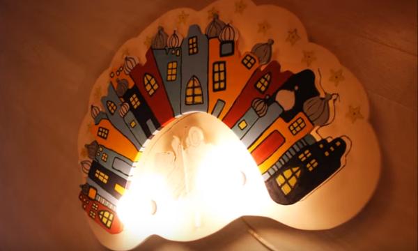 Χειροποίητο φωτιστικό για το παιδικό δωμάτιο - Θα το λατρέψετε (vid)