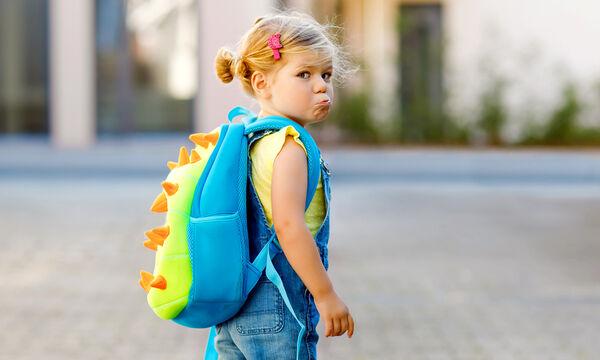 Πώς να διαχειριστείτε το καθημερινό κλάμα του παιδιού πριν το σχολείο