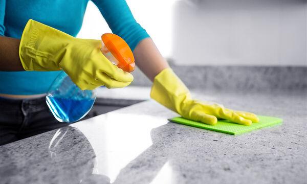 22 tips καθαριότητας που θα σας λύσουν τα χέρια αλλά δεν σας περνούσαν καν από το μυαλό (vid)