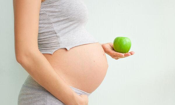 10+1 θρεπτικές τροφές που πρέπει να καταναλώνετε στο τρίτο τρίμηνο της εγκυμοσύνης