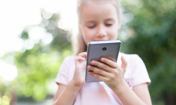 Παιδί & διαδίκτυο: Εσείς μιλάτε στο παιδί σας για τους κινδύνους που μπορεί να συναντήσει;