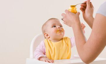 Οι πιο συχνές ερωτήσεις των γονιών για την εισαγωγή στερεών τροφών στη διατροφή του μωρού