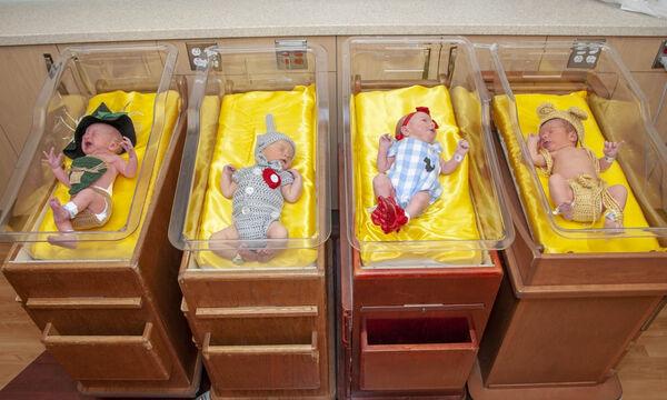 Νοσοκόμες μεταμφίεσαν νεογέννητα μωράκια σε πρωταγωνιστές πασίγνωστης ταινίας & υπάρχει λόγος (pics)