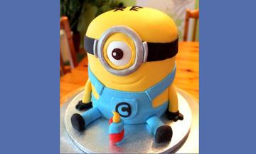 Υπέροχη τούρτα Minions - Δείτε πώς μπορείτε να τη φτιάξετε και εσείς στο σπίτι (vid)