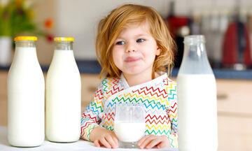 «Το παιδί μου δεν πίνει το γάλα του» - Τι κάνουμε σε αυτήν την περίπτωση;