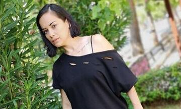 Κατερίνα Τσάβαλου: Δείτε τι φόρεσε η κόρη της μέσα στο σπίτι και έγινε viral (vid+pics)