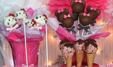 Cake pops για το παιδικό πάρτι; Πέντε εντυπωσιακές προτάσεις μόνο για κορίτσια (vid)