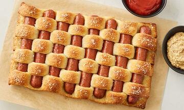 Πλεχτό pretzel με λουκάνικα - Ιδανικό για παιδικό πάρτι και όχι μόνο (vid)