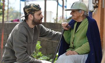 Όταν η γιαγιά φεύγει από τη ζωή - Η συγκινητική ανάρτηση του Λευτέρη Μητσόπουλου (pics)