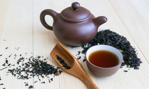 Μαύρο τσάι: 9 μοναδικά οφέλη για την υγεία (εικόνες)