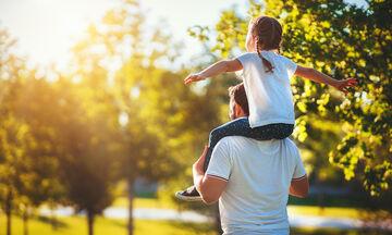 Δείξτε την αγάπη σας στο παιδί με απλά καθημερινά πράγματα