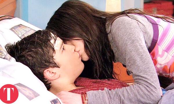 Ηθοποιοί παιδιά που έδωσαν το πρώτο τους φιλί στην οθόνη (vid)