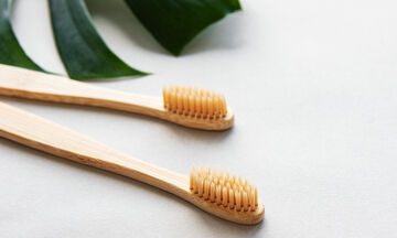 20 τρόποι που μπορείτε να χρησιμοποιήσετε την οδοντόβουρτσα στο καθάρισμα του σπιτιού (vid)