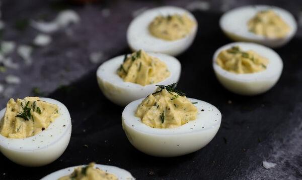Γεμιστά αυγά - Ένα απλό και πεντανόστιμο γεύμα