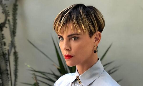 Charlize Theron: Οι τολμηρές αλλαγές που έκανε στα μαλλιά της τα τελευταία χρόνια (pics +vid)
