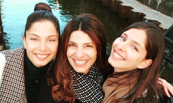 Πόπη Τσαπανίδου: Το συγκινητικό μήνυμά της στις δίδυμες κόρες της (pics)