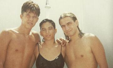 Αναγνωρίζετε το ψηλό αγόρι της φωτογραφίας; Είναι Έλληνας ηθοποιός και πατέρας δύο παιδιών (pics)