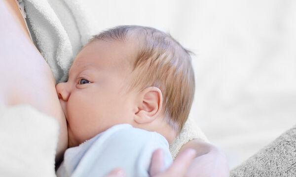 Σωστές στάσεις θηλασμού - Οι κινήσεις και τα tips που κάθε νέα μαμά πρέπει να γνωρίζει (vid)