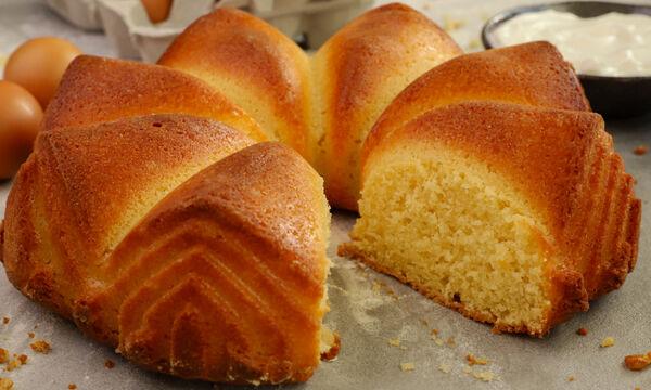 Συνταγή για αφράτο κέικ γιαουρτιού
