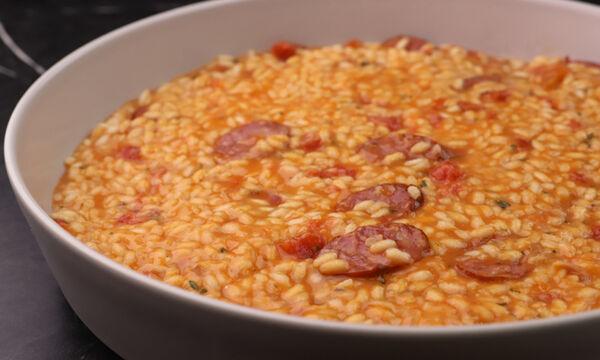 Ριζότο με λουκάνικα - Ένα πιάτο ό,τι πρέπει για τα πρώτα κρύα του φθινοπώρου