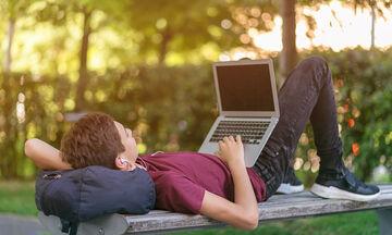 Πώς να πετύχουμε τη σωστή ισορροπία μεταξύ ελευθερίας και προστασίας του έφηβου παιδιού μας