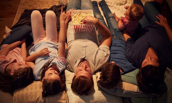 Λαχταριστά σνακ για να περάσετε το βράδυ της Παρασκευής με τα παιδιά στο σπίτι βλέποντας ταινίες