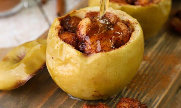 Ψητά γεμιστά μήλα - Μία υγιεινή συνταγή που θα λατρέψει κάθε παιδί