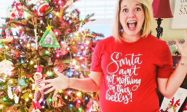 Φωτογραφίζονται με χριστουγεννιάτικο φόντο λίγο πριν τον ερχομό του μωρού (pics)