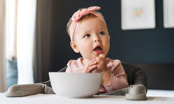 Οι οκτώ πιο κατάλληλες τροφές για τον απογαλακτισμό του μωρού (pics)