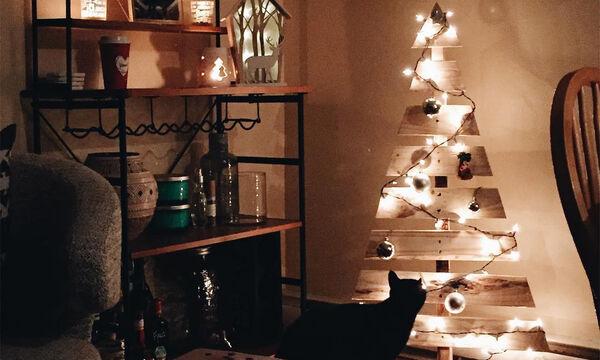 Ιδέες για να στολίσετε ξύλινα Χριστουγεννιάτικα δεντράκια (pics)