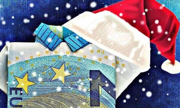Δώρο Χριστουγέννων: Πότε πληρώνει ο ιδιωτικός τομέας και πότε ο ΟΑΕΔ - Υπολογίστε ΕΔΩ το ποσό