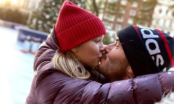 David Beckham: Οι νέες υπέροχες φώτο με την κόρη του Harper - Έτοιμοι να υποδεχτούν τα Χριστούγεννα