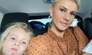 Όλγα Πηλιάκη: Δείτε το εντυπωσιακό δέντρο που στόλισε με την κόρη της (pics)