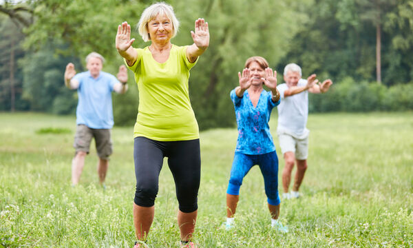 Άνοια: Η άσκηση που βελτιώνει την ποιότητα ζωής και μειώνει τον κίνδυνο πτώσεων