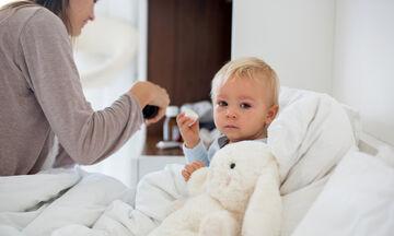 Όταν το μωρό βήχει: Τι πρέπει να γνωρίζετε