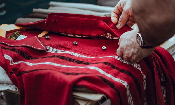 Μάθε πώς να ράβεις ένα κουμπί μέσα σε δύο λεπτά
