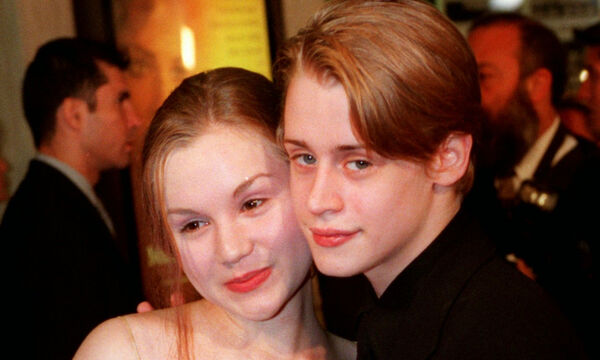 10 Celebrities που παντρεύτηκαν σε μικρή ηλικία (vid)
