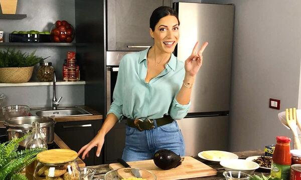 Φλορίντα Πετρουτσέλι: 3 παραδοσιακές συνταγές με ζυμαρικά που έμαθε από τη μαμά της (vids)