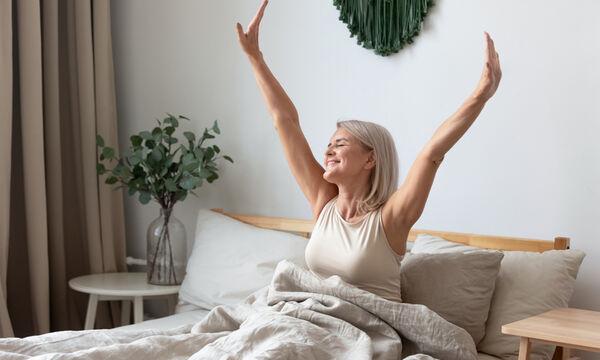 Τα οφέλη του πολύ πρωινού ξυπνήματος για τον οργανισμό (video)