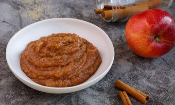 Σάλτσα μήλου - Ιδανική για να συνοδεύσετε τα ψητά κρέατα των γιορτών