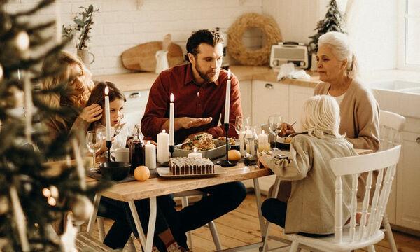 Οι αγαπημένες μας χριστουγεννιάτικες ανακοινώσεις εγκυμοσύνης είναι αυτές (vid)