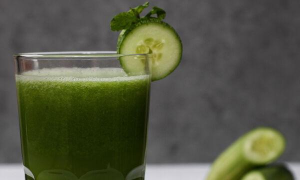 Πίνε αυτό το smoothie τις επόμενες ημέρες και απόφυγε το φούσκωμα στην κοιλιά