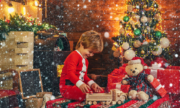 Πόσα δώρα μπορεί να φέρει στο παιδί μας ο Αϊ-Βασίλης;