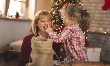 Χριστουγεννιάτικα γλυκά: Γιατί πρέπει να τα φτιάχνουμε μαζί με τα παιδιά;