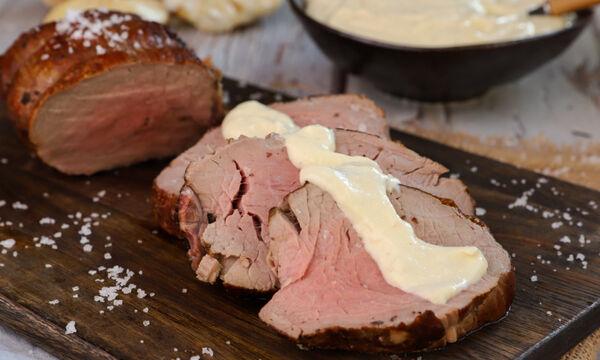 Συνταγή της ημέρας: Μοσχαρίσιο φιλέτο με σάλτσα ψητού σκόρδου