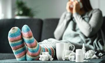 Πώς θα καταλάβετε αν έχετε γρίπη ή κρυολόγημα; (vid)