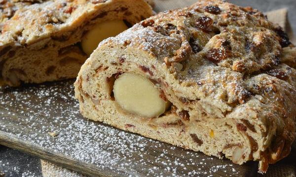 Stollen - To αφράτο γλυκό ψωμί που θα λατρέψετε