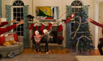Τις χριστουγεννιάτικες κάρτες αυτής της οικογένειας αξίζει να τις δεις (pics)
